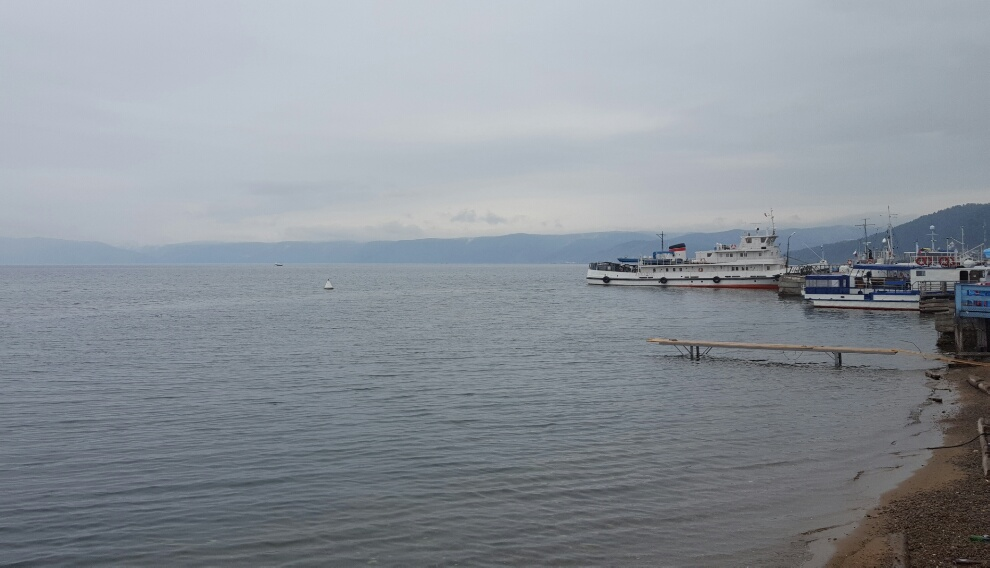 Lacul Baikal, țărmul de la Listvianka