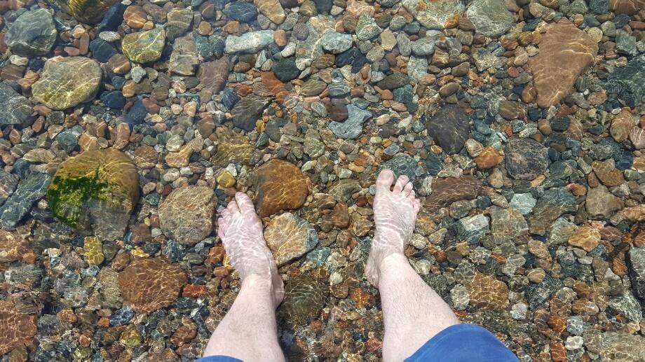 Dacă tot am venit 6500 de kilometri, măcar să iau contact cu apa gheață din Baikal