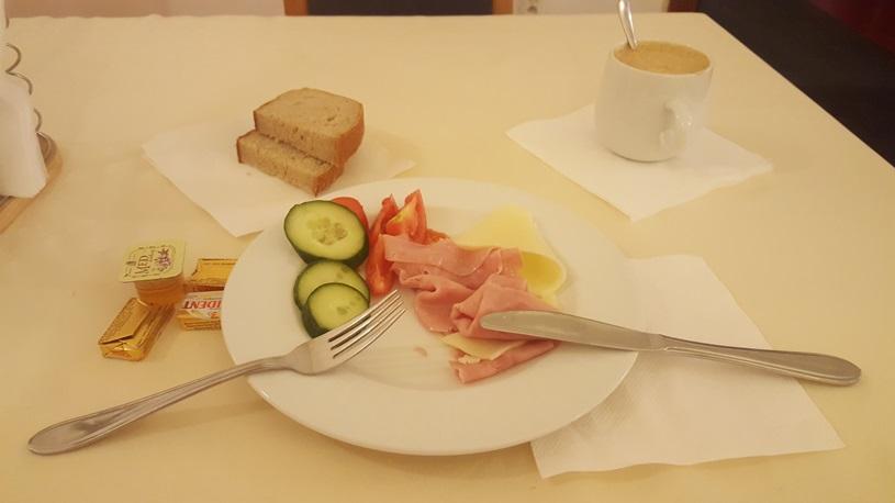 Mic dejun de om plictisit