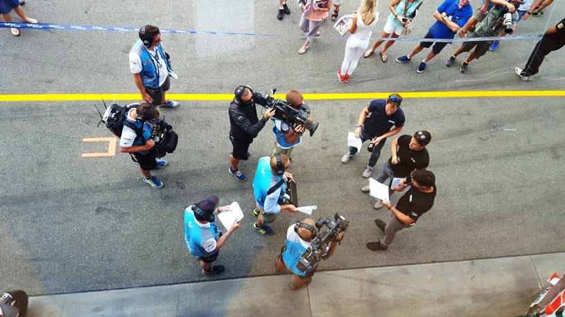Echipa BT Sport de la MotoGP. Mă rog, o parte a echipei